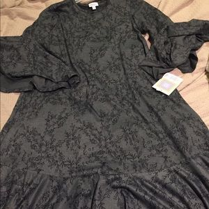 Dresses - Lularoe Maurine dress
